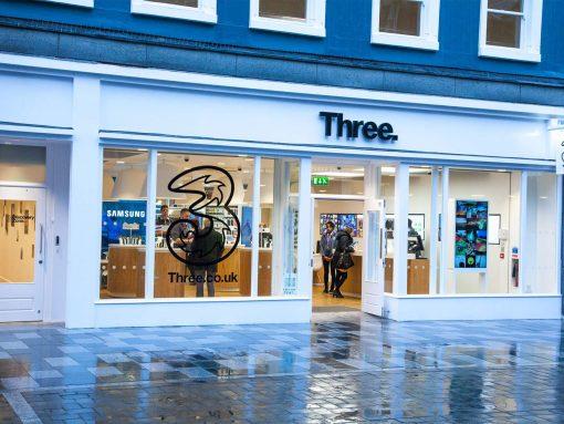Closure of Three UK's retail stores image