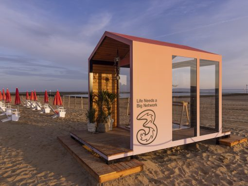 Swap desks for deckchairs this summer by using the power of Three, the UK's fastest 5G network image